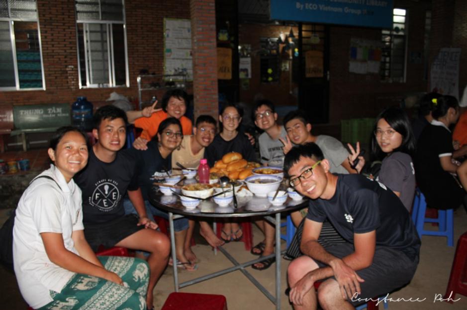 ocip vietnam eating together
