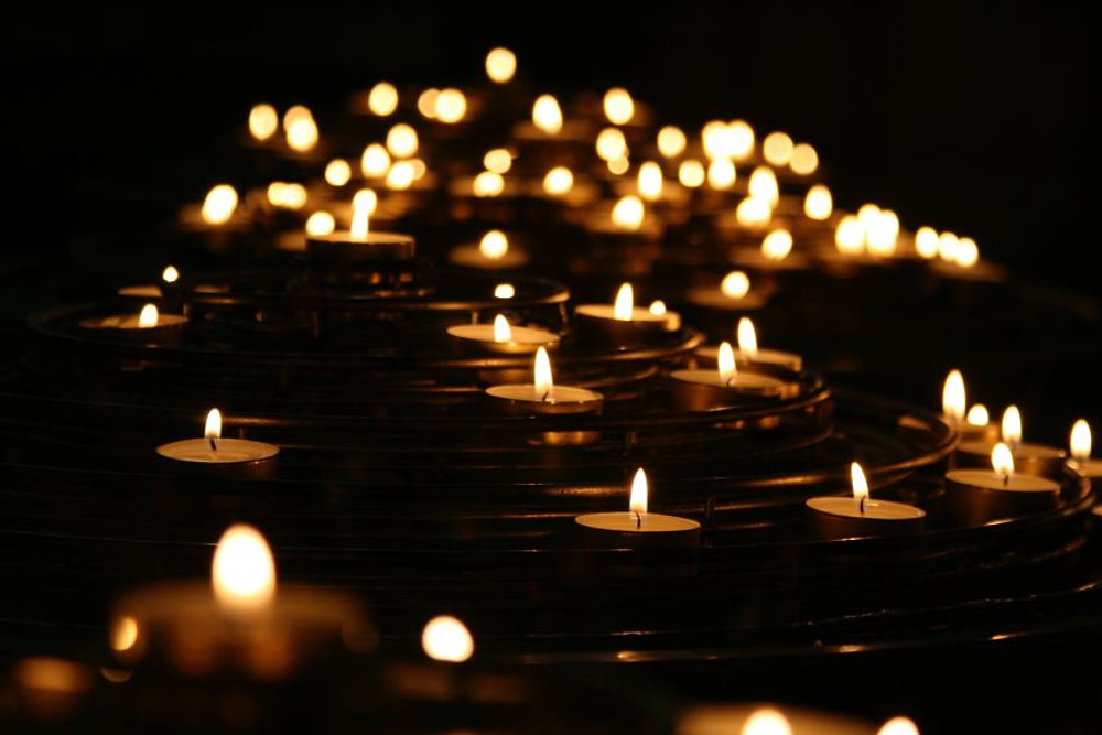 dealing with loss and grief candles