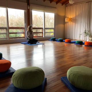 Sala lista en Fin de semana Mindfulness en Delta de Tigre