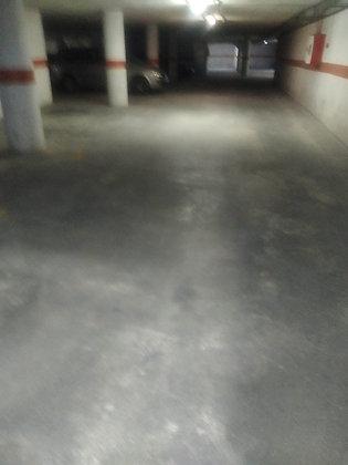 Plaza de garaje en venta en San Juan Pueblo