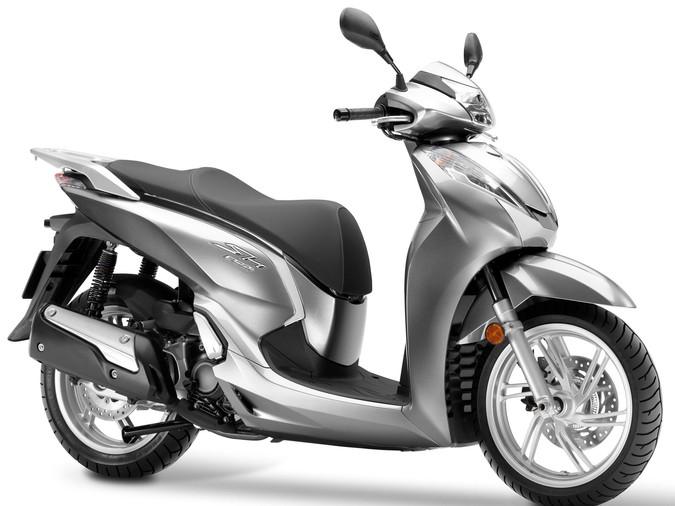 Revisión Honda Sh300