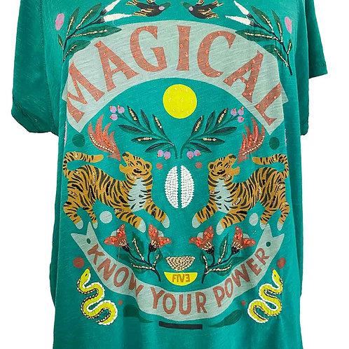 T-shirt magical