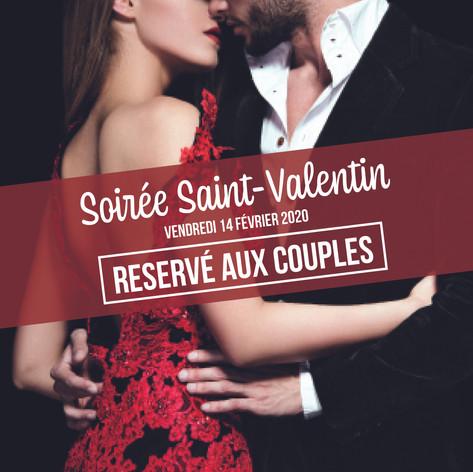 saint valentin couple devant club.jpg