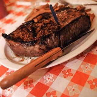 Doe's Eat Place Steak