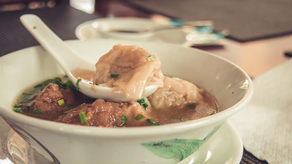 Des raviolis à la vapeur en soupe, un vrai délice !