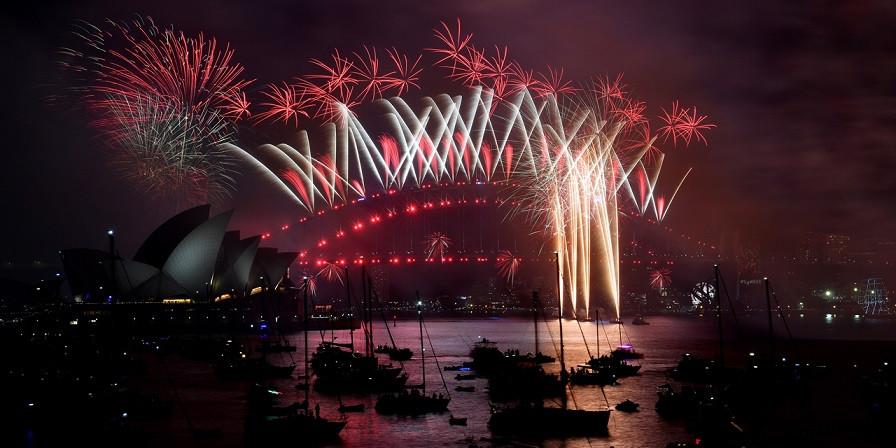 Feux d'artifice à Sydney pour le passage à la nouvelle année