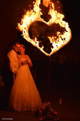 Feuerherz+ Brautpaar.jpg