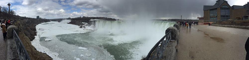 Welcome to Niagara Falls ! Canadian side