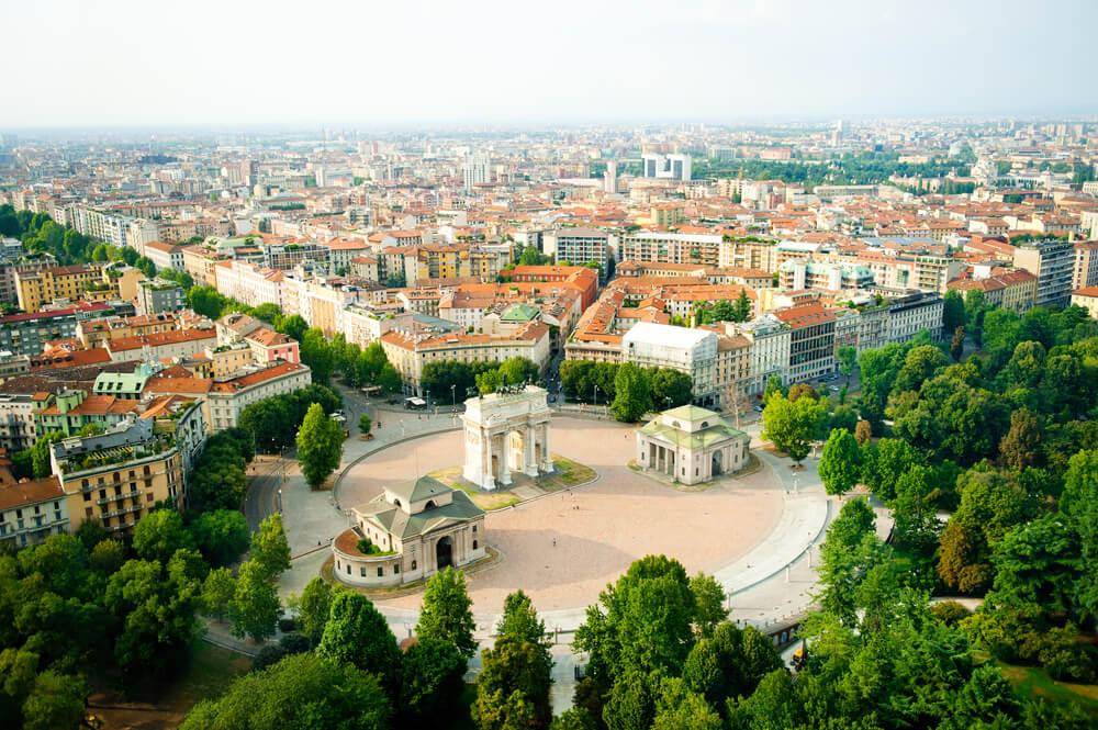 A paronamic view of Milan