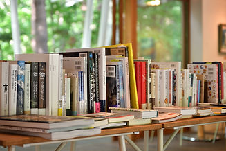 CafeKiseki-bookcorner-B.JPG