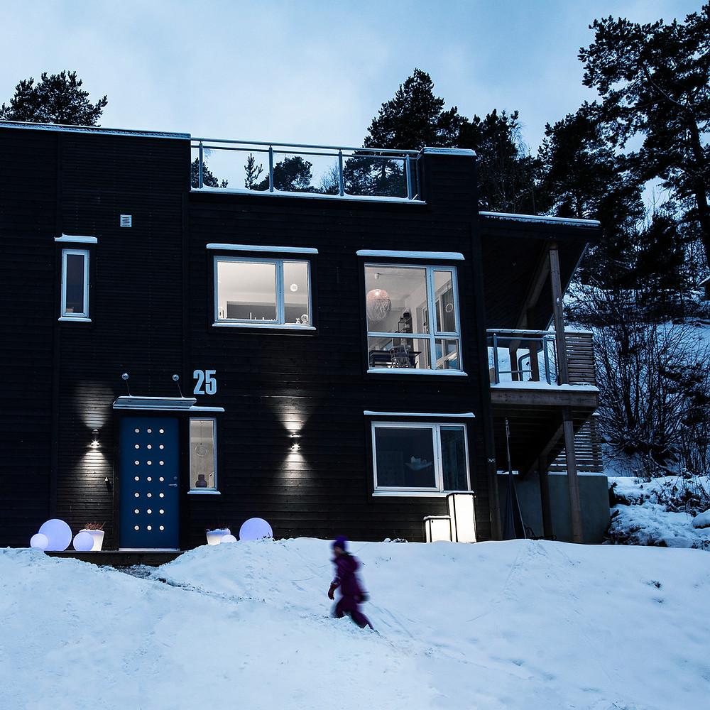 hus_fasade_ny_dør-6053-1_crop_20x20cm