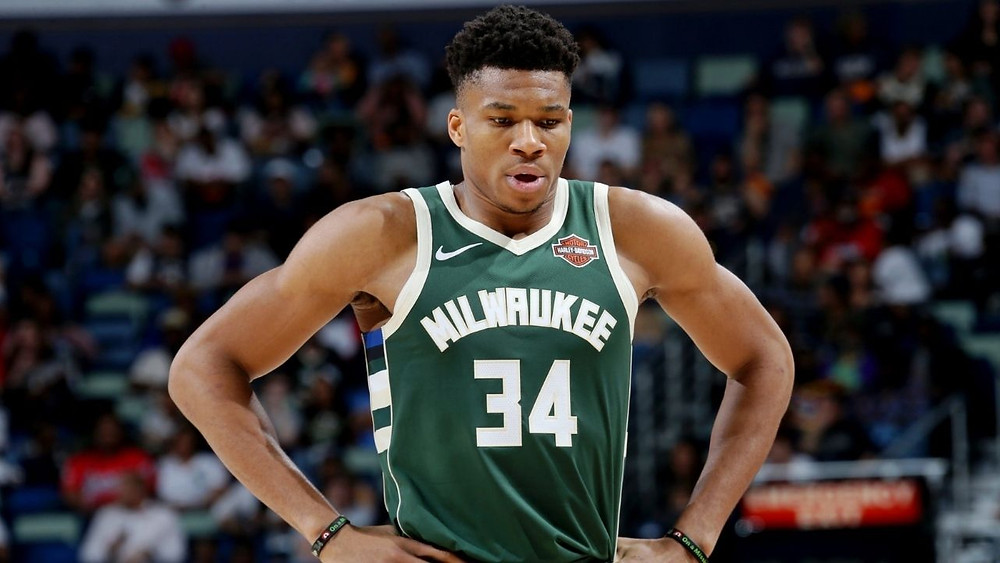 Giannis Antetokounmpo says he will not demand trade