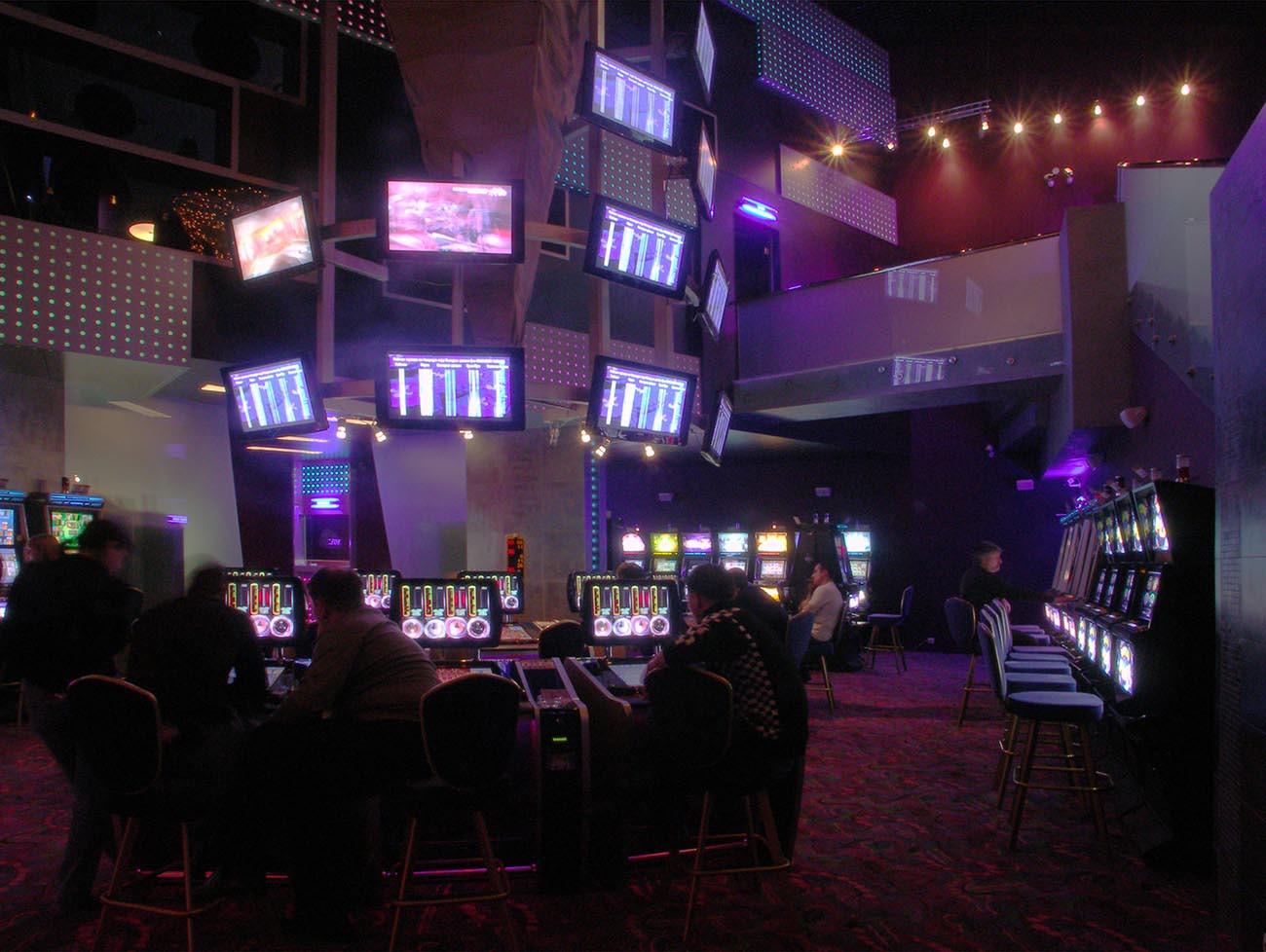 казино слава клуб