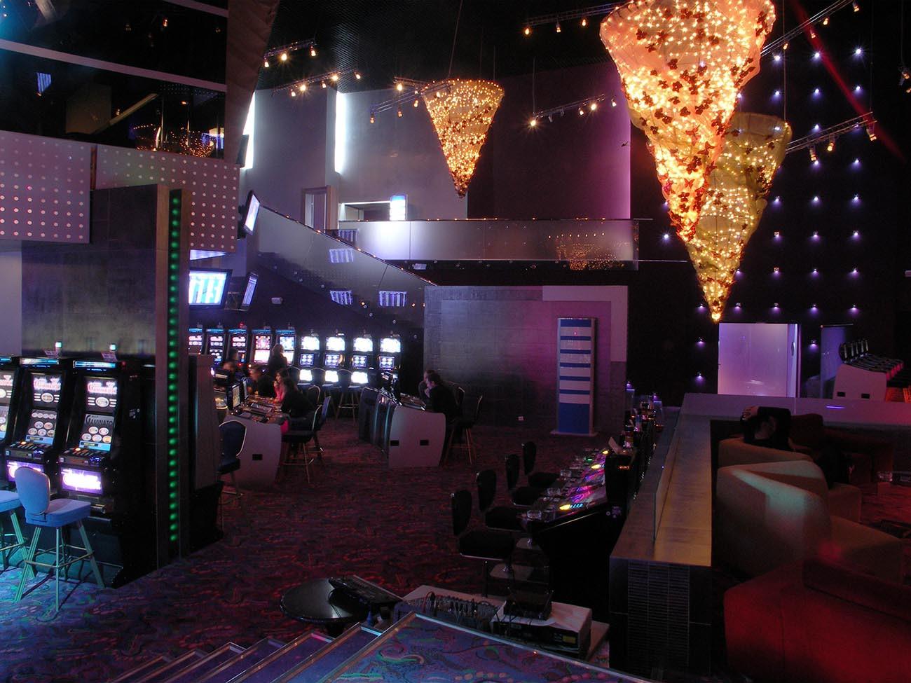 официальный сайт казино слава клуб