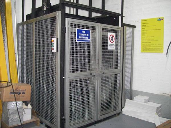 ascensores y malacates en medellin