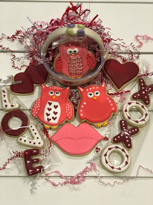 Valentine Pink-themed Owls