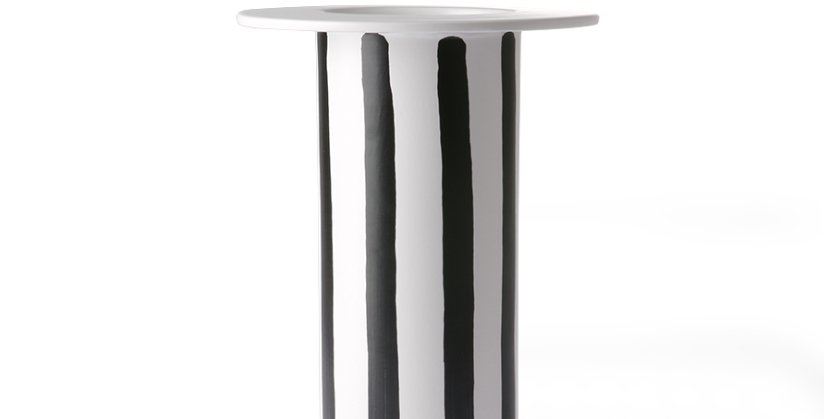 BLACK & WHITE CERAMIC VASE