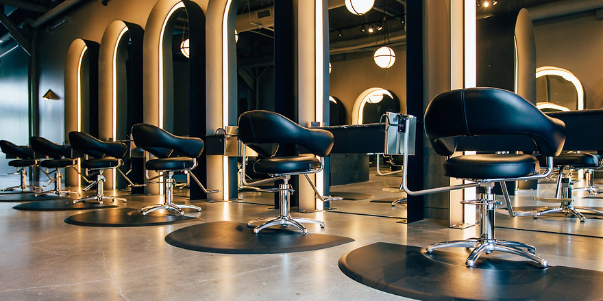 best-hair-salon-near-dl-lowry-west-86th-street-and-deweese-hair-design-in-indianapolis-g-michael-sal