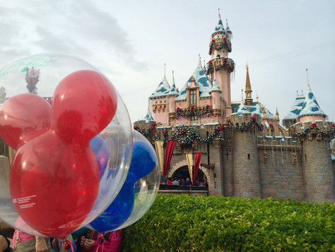 A Foodie's Guide to Disneyland: Christmas Edition