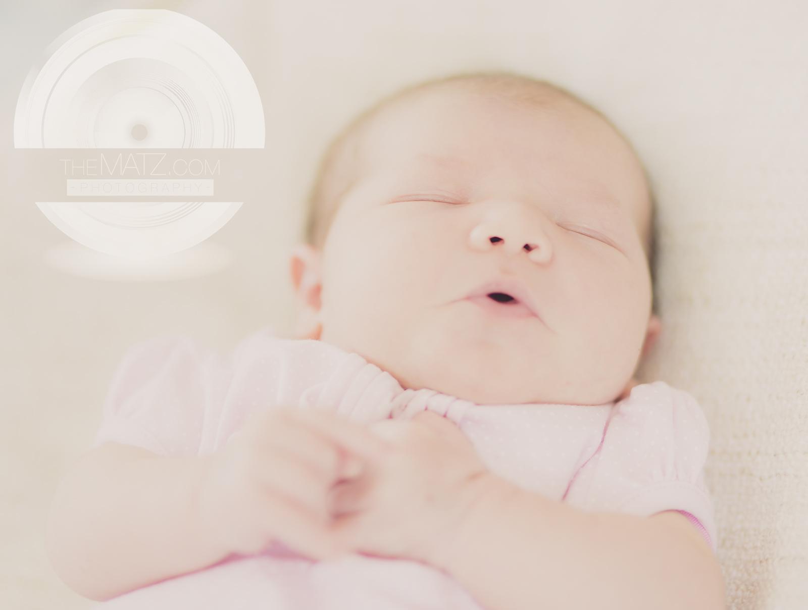 Newborn_singing