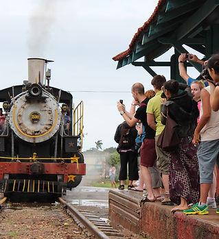 Steam train in Trinidad, Cuba.jpg