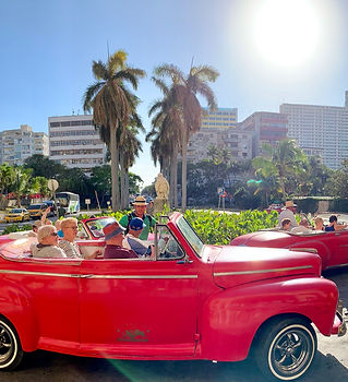Old cars in Havana Tour