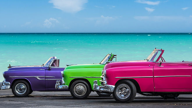 Old Cuban cars at the beach