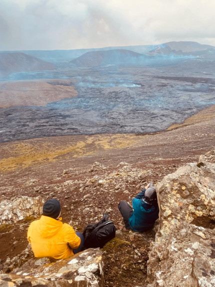 Guides taking pictures of Fagradalsfjall volcano_0.5x.jpg