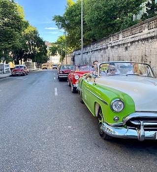 Cars in Havana with Kubuferdir.jpg