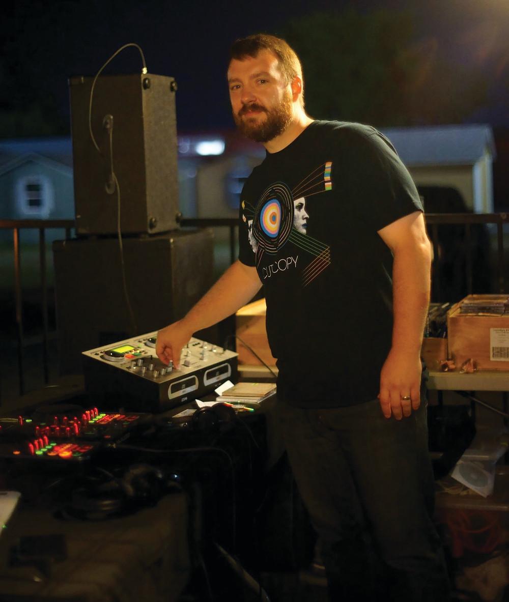 Tyler comedian DJ's