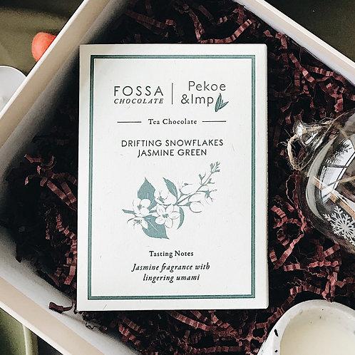 FOSSA CHOCOLATE: Drifting Snowflake Jasmine Green