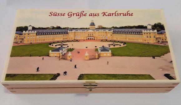 """Holzschachtel """"Süsse Grüße aus Karlsruhe"""" mit 8 Coppeneur-Pralinen"""
