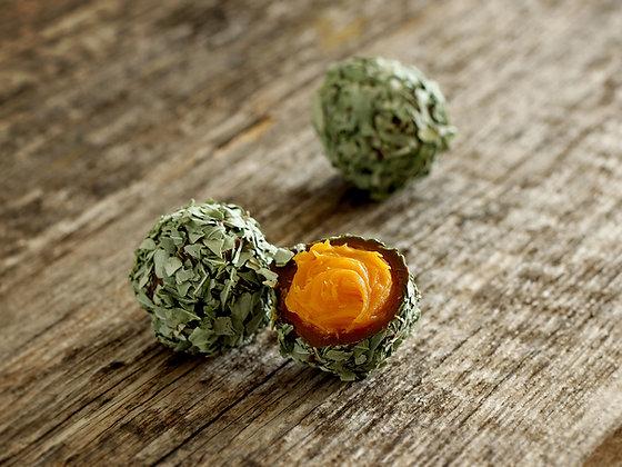 Mango-Basilikum Trüffel, Haselnuss Trüffel, Pralinen Lettland, Nelleulla, Feige Trüffel, Pistazie Trüffel, Erdbeer Trüffel