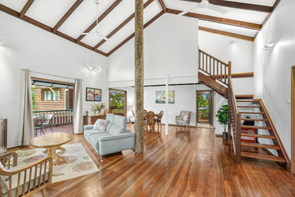 9 Lee Street Freshwater OBrien Real Estate Cairns & Beaches Daniel Arnott Monique Cruse