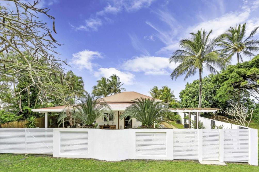 8 Elizabeth Street Flying Fish Point OBrien Real Estate Cairns & Beaches Daniel Arnott Monique Cruse
