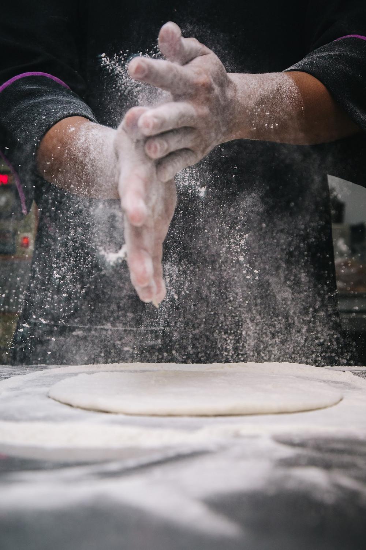 pizza; preparación; menú informal de bodas
