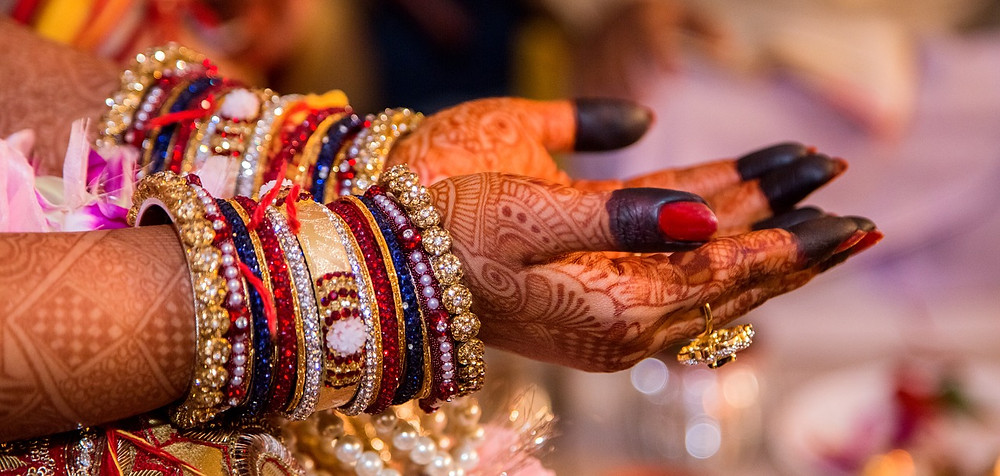 boda árabe; brazaletes; hena