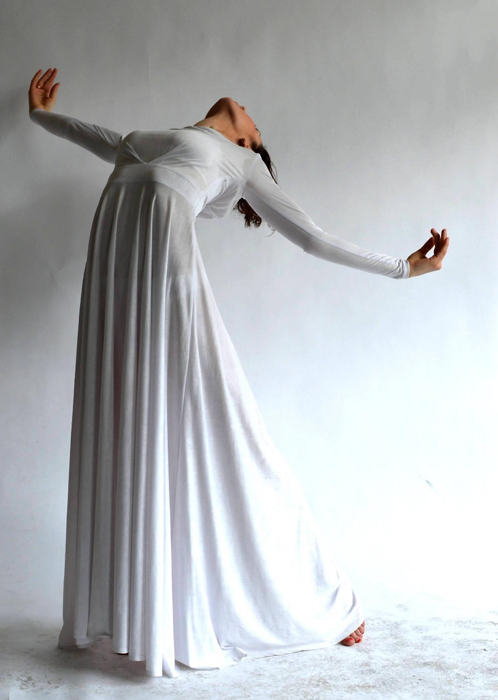 boda minimalista; vestido de novia