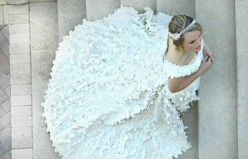 vestido de novia con papel higiénico