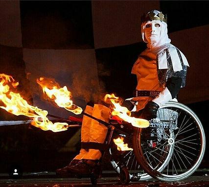 Студия огня и света | световое шоу | файер на колесах | инва шоу | студия для колясочников | активный колясочник