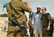Will-Smith-with-IDF-Soldiers7.jpg
