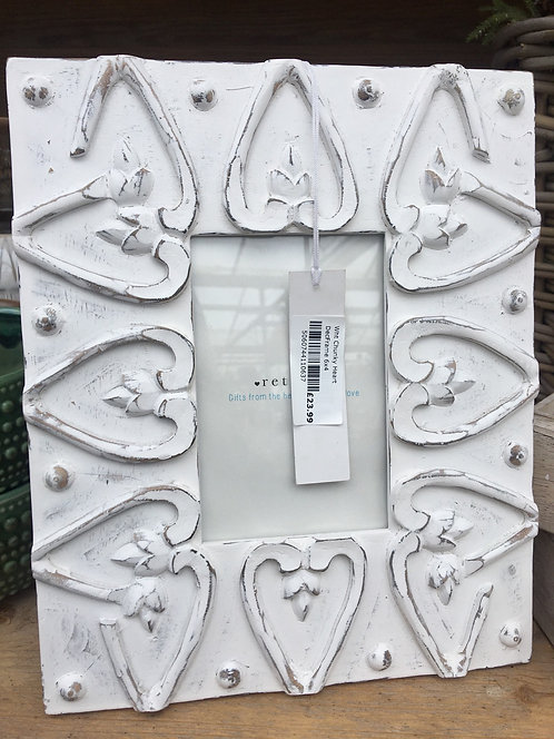 White Chunky Heart Frame 6x4
