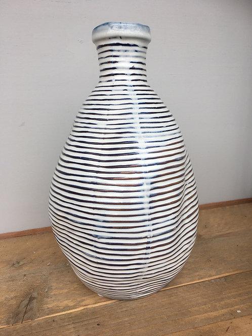 Ridged Vase (L)