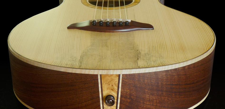 parlor_guitar_#1_05.jpg