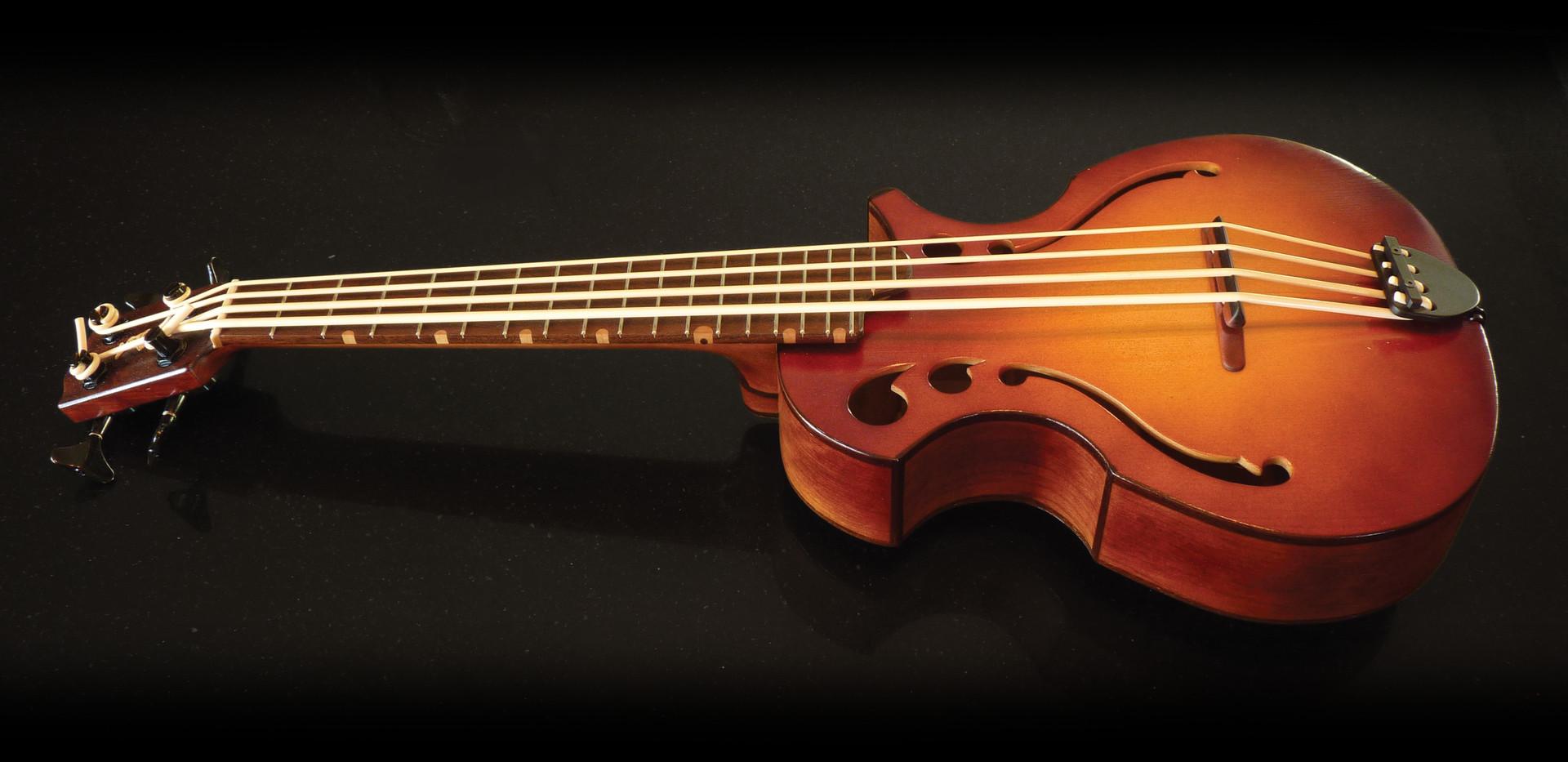 Archtop Bass Uke