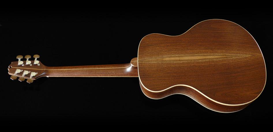 parlor_guitar_#1_03.jpg
