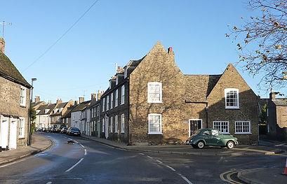 Waterside,_junction_with_Willow_Walk,_El