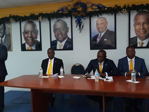 Davis: Bahamians feeling sting of desperation