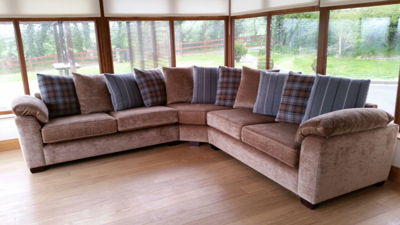 IMG-20150521-WA0004-corner-sofa-new.jpg