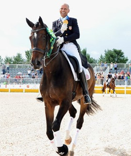 pan-am-dressage-steffen-peters-legolas-g
